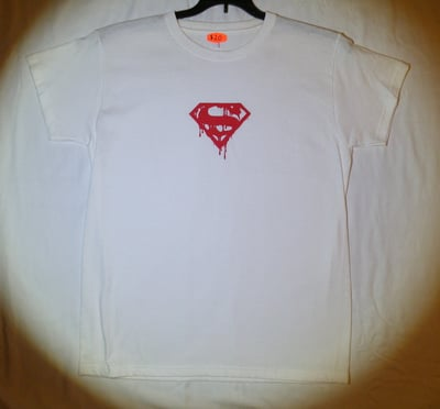 "Death of Superman™ ""BLOOD SHIELD"" T-Shirt - Juniors Medium (LAST 1 LEFT!)"